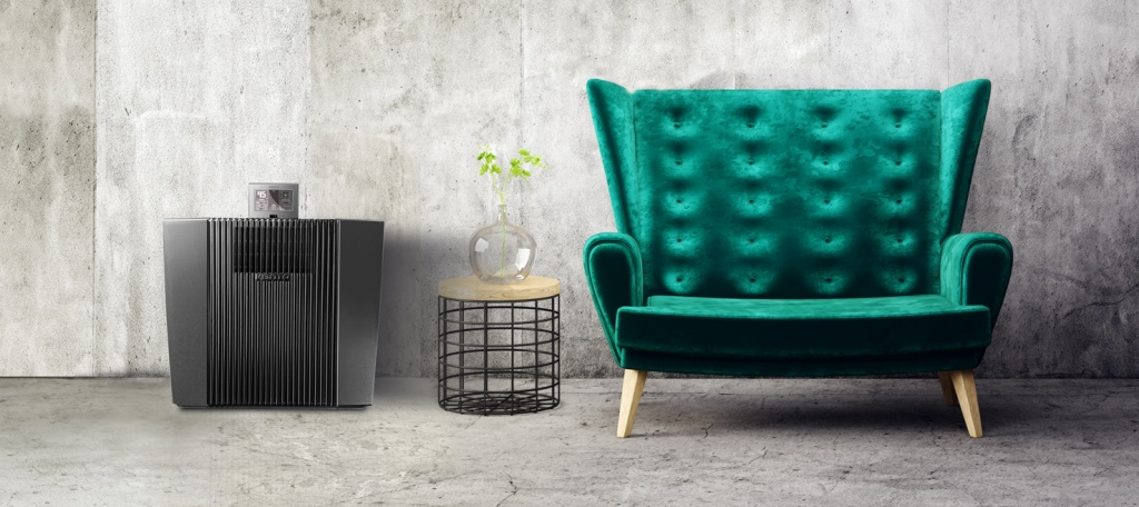 green sofa black unit.jpg